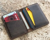 PERSONALIZED Minimalist Leather Bifold Wallet. Slim Leather Wallet. Distressed Leather Credit Card Wallet. Leather Card Holder