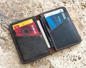 Mens Slim Front Pocket Wallet. PERSONALIZED Card Wallet. Slim Credit Card holder. Mens Bifold card wallet. Monogrammed Groomsmen Gift.