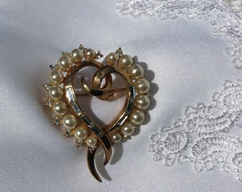 Trifari Pat. Pend. Alfred Philippe Gold Tone Heart with Faux Pearls & Rhinestones Vintage Brooch Pin 1950's
