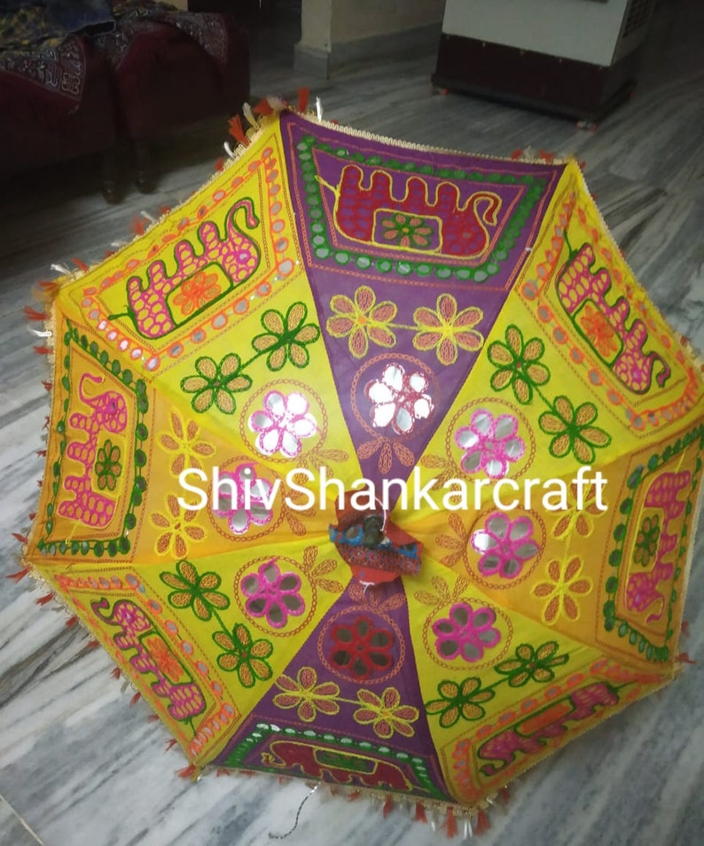 5 Piece Lot Decorative Indian Hand Embroidered Cotton Quilted Umbrella Ethnic Vintage Sun Protected Parasol Umbrella Wedding Special decor
