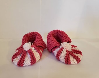 1695ac79da6a6 Items similar to Christmas/Holiday Baby Shoes on Etsy
