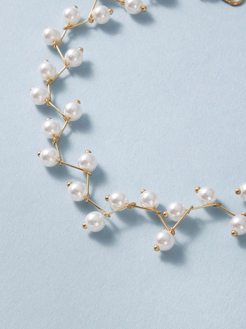 Ras-de-cou or et perles pour femme