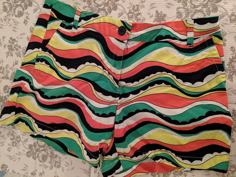Crown /& Ivy Women/'s BoHo Hippie Surfer Style Shorts Size 12