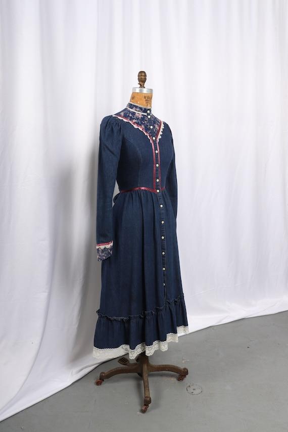 Vintage 1970s Gunne Sax Denim and Calico Dress, R… - image 6