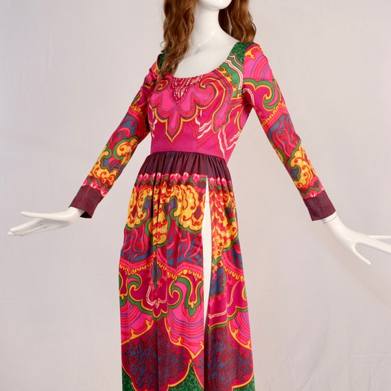 Vintage 1970s Lucie Ann Psychedelic Maxi Blouse, … - image 7