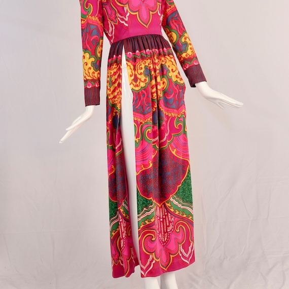 Vintage 1970s Lucie Ann Psychedelic Maxi Blouse, … - image 5