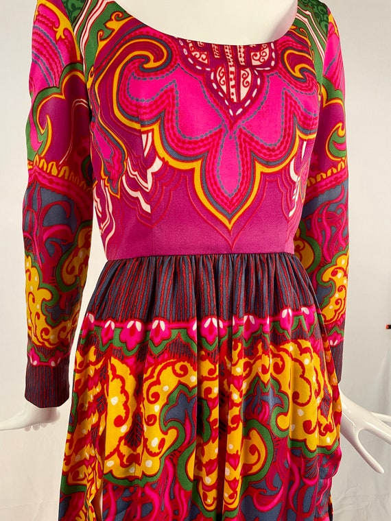 Vintage 1970s Lucie Ann Psychedelic Maxi Blouse, … - image 6