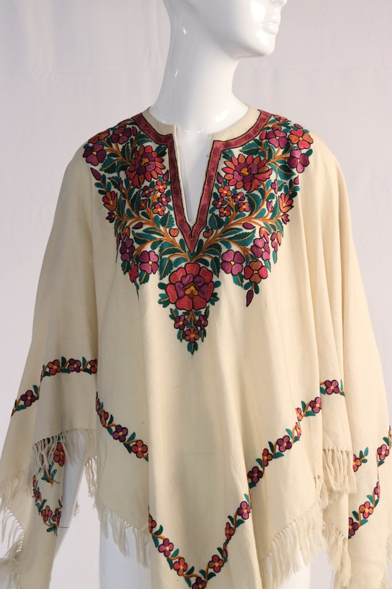 Vintage 1970s Colorful Floral Embroidered Wool Po… - image 4