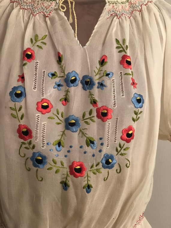 1930s Embroidered Hungarian Top