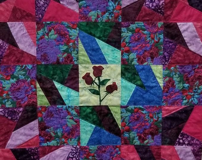 Blooms In Chaos Quilt Kit (Dark)