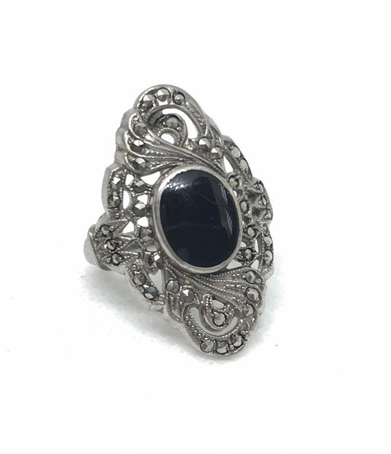 61f82a98fbdc9 Vintage Art Deco Black Onyx, Marcasite, and Filigree Sterling Silver Ring  Size 5.25