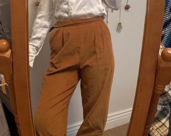Vintage Lee Black Shorts with Buckles by Blume Vintage