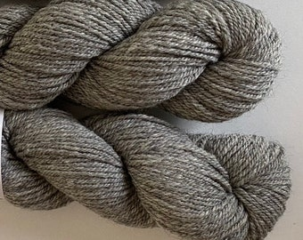 Natural White 300 yards Yarn-AlpacaWool Blend 8020-1 Ply Fingering