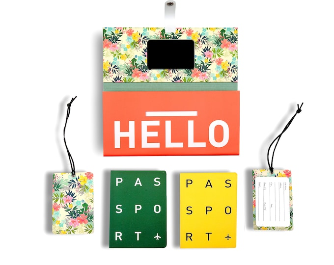 TRIP KIT Beautiful Flowers /// Traveling wallet /// Traveling accessories /// Passport covers /// Luggage tags