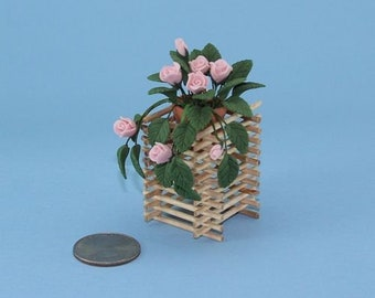 Dollhouse Miniature Filled Garden Bed with Growing Strawberries #WCFL49