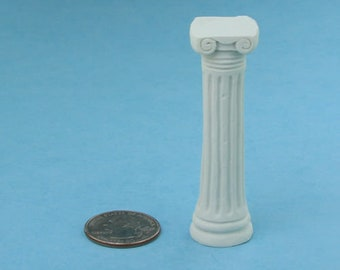 "Dollhouse Miniature Round Columns Pillars 2 pieces 8 11//16/"" Tall 1:12 Scale"
