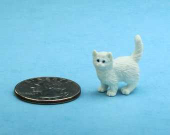 1//12 Scale Dollhouse Miniatures Resin Sleeping Kitten Cat and Nest Model