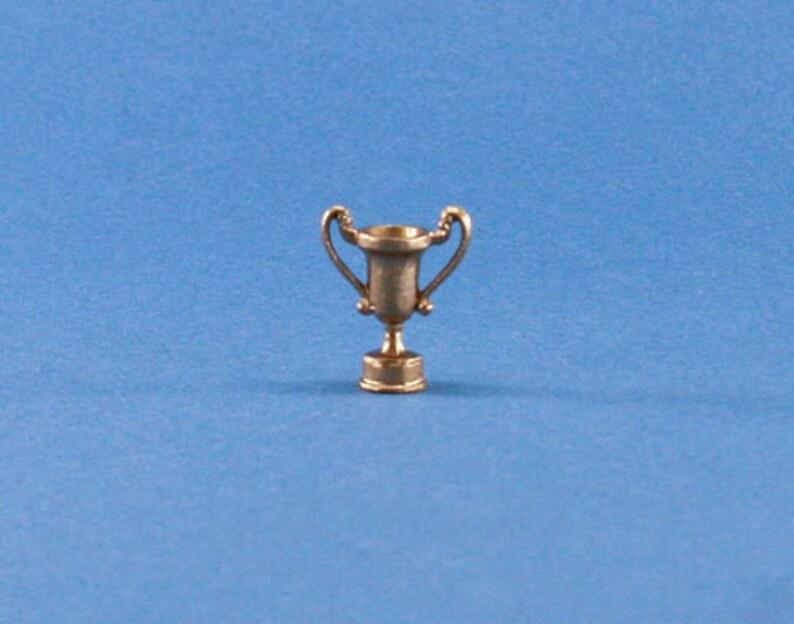 NICE 1:12 Scale Dollhouse Miniature Golden Lion Figurine//Statue #JLM127