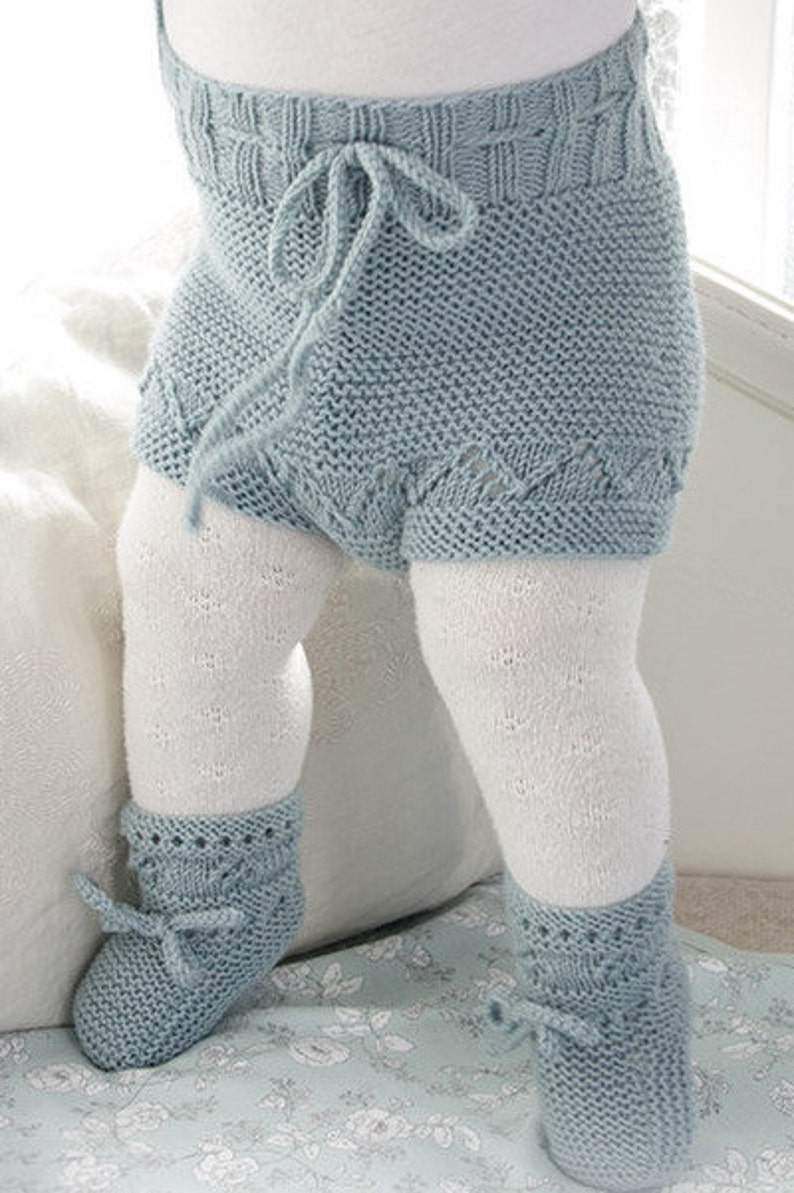SET knitted baby shorts and slippers with lace pattern and garter stitch in Baby Merino Knitting Pattern shorts PDF Download