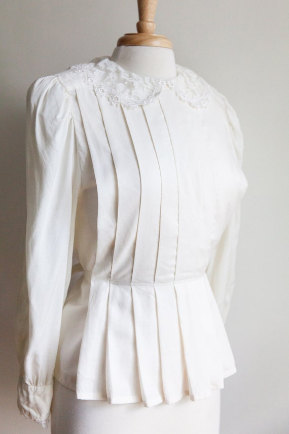 vintage pleated lace collar blouse, 1980s 80s ivo… - image 1