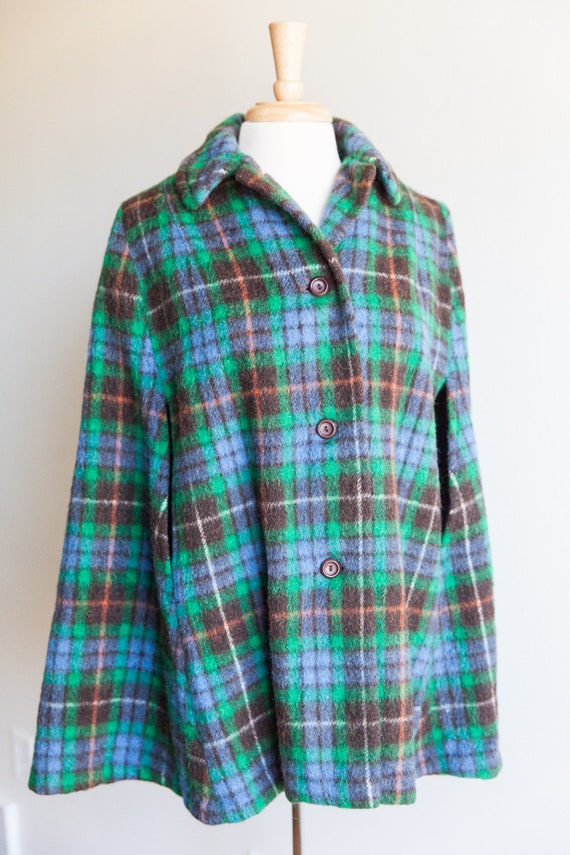 vintage mad about plaid wool cape, 1070s 70s green