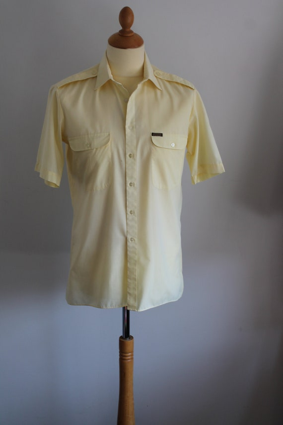 1950s pastel yellow shirt