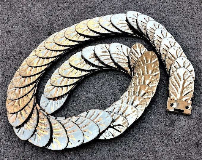 Vintage Scalloped Gold Tone Metal Stretch  Belt