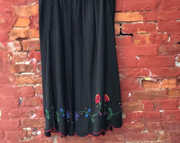 1980's PUTAMAYO NEW YORK Embroidered Skirt Made in India