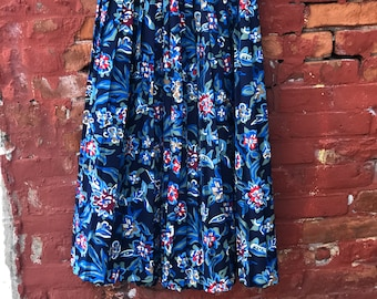 Beautiful Vintage 1970's Andrea Gayle  Floral Print Pleated Skirt