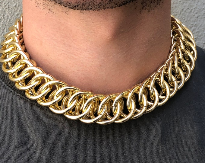 1970's Gold Tone Loop Chain Choker