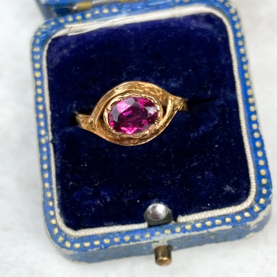 Victorian 1ct Garnet Gold Ring; 15ct
