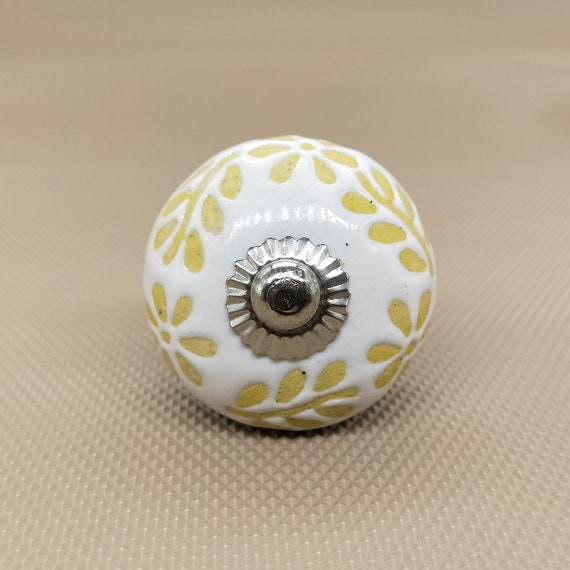 Yellow And White Embossed Fl Round, Hand Painted Round Cabinet Knobs