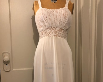Vintage Carillon New York dress  pleated vintage dress  60s 70s vintage dress