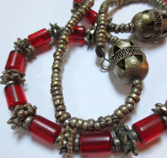 Vintage Middle Eastern Faturan Bead Tribal Necklace