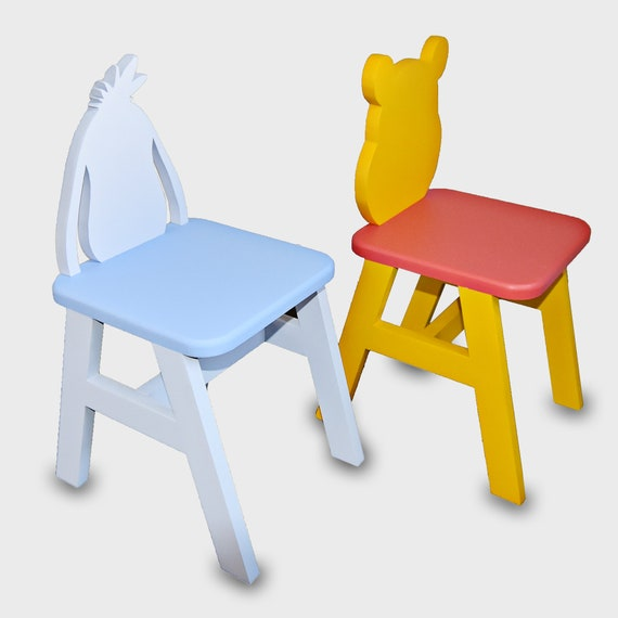 Astounding Winnie The Pooh Kids Table Chair Set Andrewgaddart Wooden Chair Designs For Living Room Andrewgaddartcom