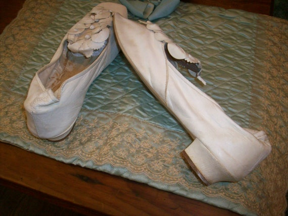 Antique pale cream soft kid leather shoes wedding - image 4