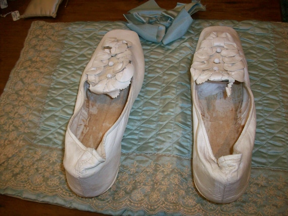 Antique pale cream soft kid leather shoes wedding - image 2