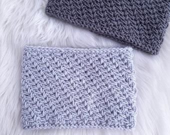 CROCHET COWL PATTERN, Crochet Neck Warmer, For Women, Kids, Child, Toddler, Crochet Scarf, Thick, Cozy, Chunky, Zig Zag, Chevron, Gift Idea