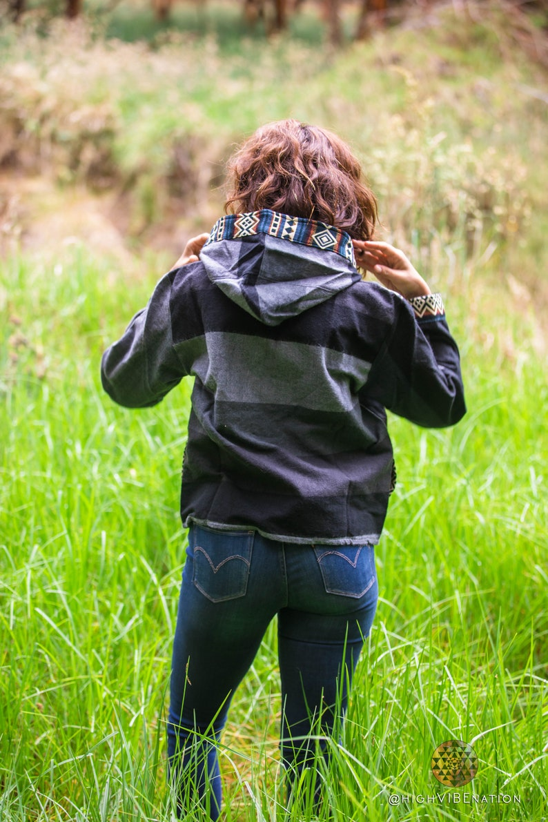 Ecuadorian Geometric Size Small Tribal Jacket