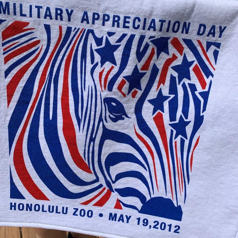 Honolulu Zoo 2012 Messenger Bag