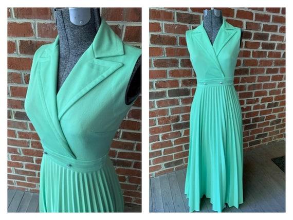 70s Sleeveless Long Pleated Lime Green Dress