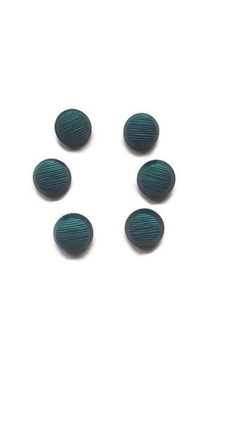 Vintage Green Round Buttons 15 mm 1.5 cm Set of 6 or 5 Half Shank Type Novelty Buttons  Set of Six or Five Buttons  Dark Emerald green