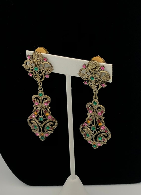 Vintage Art Nouveau Decorative Dangle Earrings