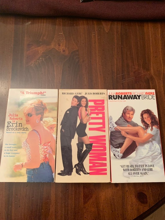 Lot of 5 Julia Roberts movies on VHS: Pretty Woman, Runaway Bride, Erin  Brockovich, The Mexican, Ocean's Eleven
