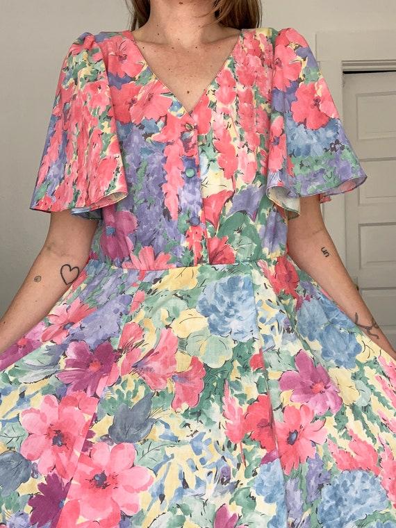 1980's flirty floral springtime dress - image 4