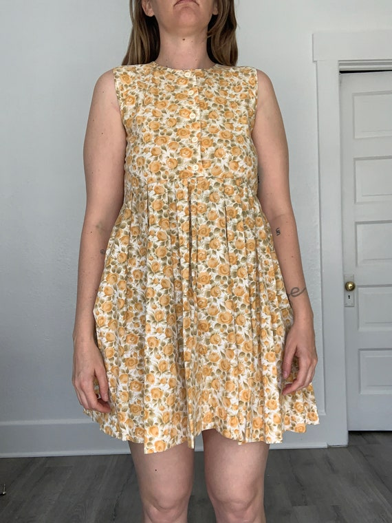 1980's sweet 60's style mini babydoll floral dress