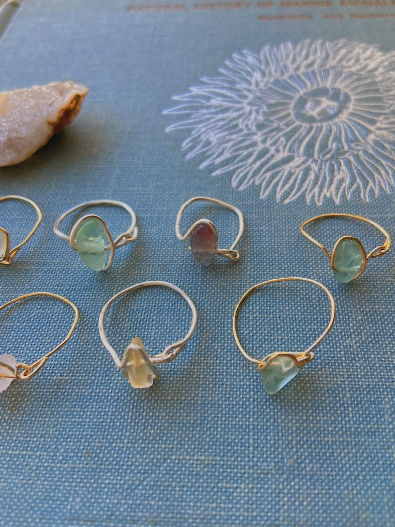 single wire stone rings