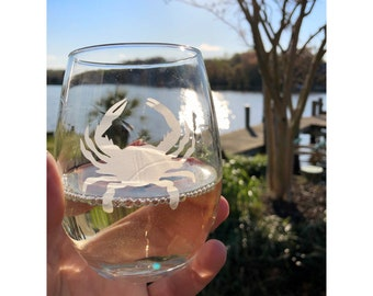 Crab Stemless Wine Glass | Crab | Drinkware | Nautical | Frosted