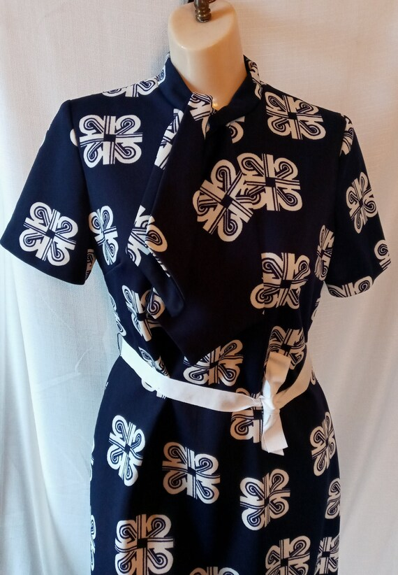 Vintage navy and white patterned dress