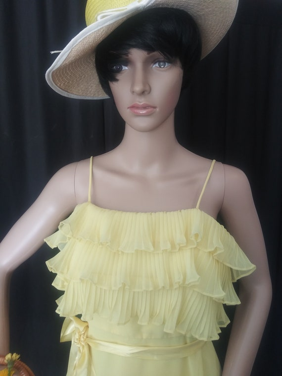 Vintage yellow dress with ruffles - image 3